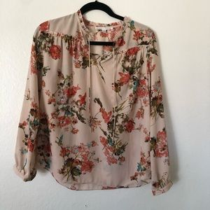 Violet & Claire Long Sleeved Floral Tunic Blouse